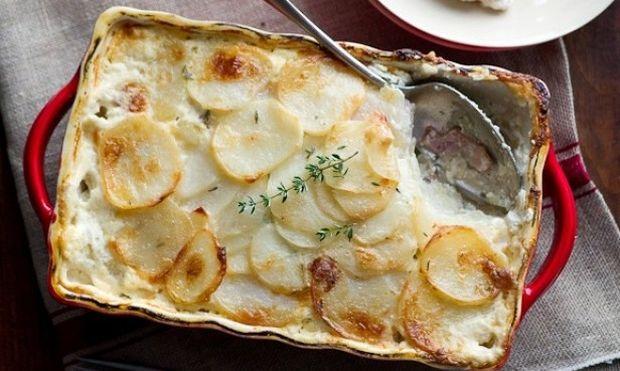 Συνταγή για το γιορτινό τραπέζι: Πατάτες ογκρατέν με μπέικον