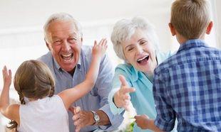 8 πράγματα που θα ήθελαν να πουν οι παππούδες στους γονείς αλλά δεν τα λένε