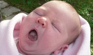 Στοματίτιδα στα παιδιά και πώς να την αντιμετωπίσετε