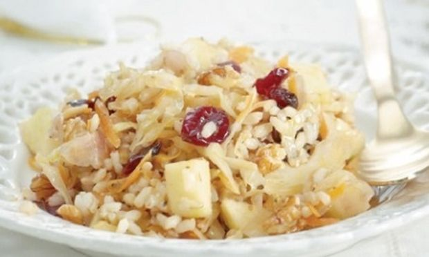 Γλυκόξινο καστανό ρύζι με cranberries και καρύδια