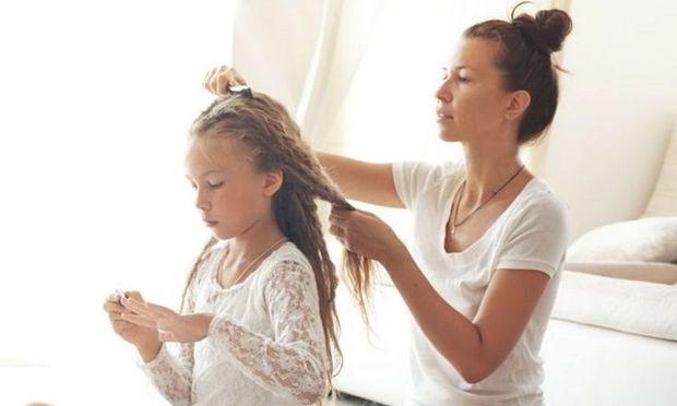 Όταν οι γονείς πρέπει να «κόψουν» τον ομφάλιο λώρο με το παιδί τους