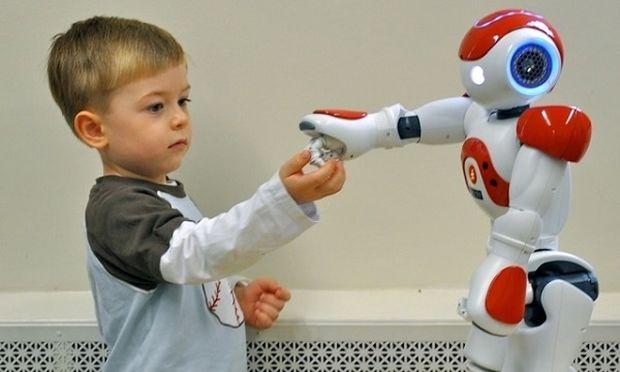 Mαθητές στη Γερμανία θα μαθαίνουν την ξένη γλώσσα με δάσκαλο-ρομπότ!
