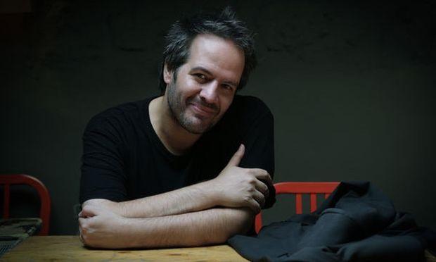 Δημήτρης Σωτάκης: Λογοτεχνικός αυτισμός