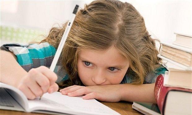 Δείτε για ποιους λόγους ένα παιδί δεν διαβάζει και πώς μπορείτε να το βοηθήσετε!