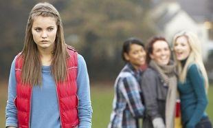 Μαθήτρια-θύμα bullying έπεσε από το μπαλκόνι για να γλυτώσει από τους συμμαθητές της!