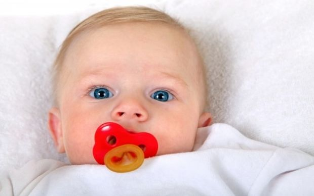 Pediatrics: Πώς μπορείτε να μειώσετε τον κίνδυνο ανάπτυξης αλλεργιών στο μωρό σας