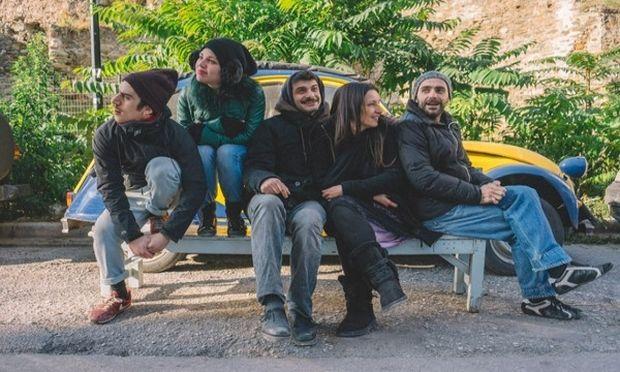 Το αγόρι με τη βαλίτσα, του Μάκι Κένι από το Κλιμάκιο Μακεδονίας – Θράκης ΚΘΒΕ σε περιοδεία