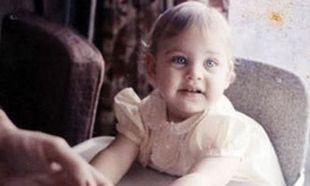 Το κοριτσάκι της φωτογραφίας είναι μία από τις πιο γνωστές παρουσιάστριες! Πάει κάπου το μυαλό σας;