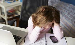 Παγκόσμια Ημέρα Ασφαλούς Πλοήγησης στο Internet: Μάθετε τα πάντα για τον διαδικτυακό εκφοβισμό!