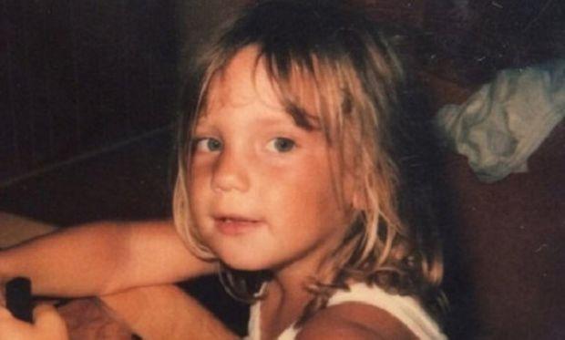 Αναγνωρίζετε το κοριτσάκι της φωτογραφίας; Είναι η διάσημη ηθοποιός...