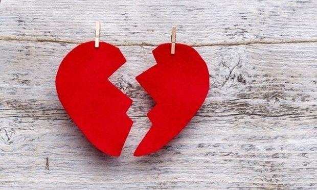 Σύνδρομο της ραγισμένης καρδιάς: Ακόμη και η χαρά μπορεί να «ραγίσει» την καρδιά