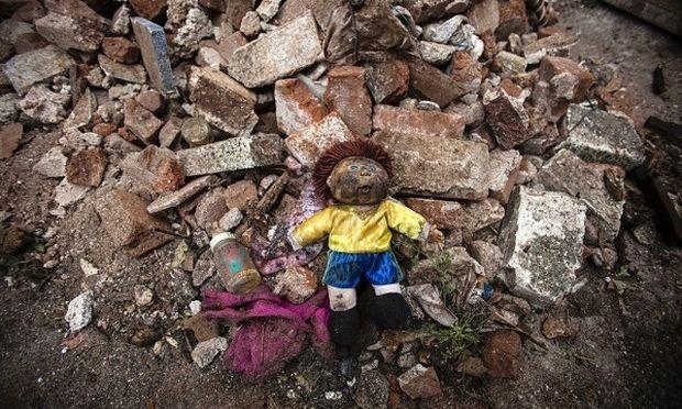 Δεν το χωράει ο νους! Κοριτσάκι 8 ετών βρέθηκε στα σκουπίδια!