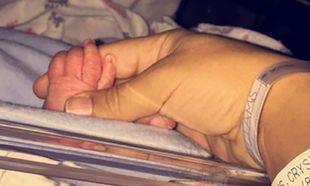 Πασίγνωστο ζευγάρι υποδέχτηκε το πρώτο του παιδάκι! Να τους ζήσει ο μικρούλης!