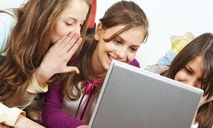 """Τι είναι το πρόγραμμα """"CodeGirls"""" που απευθύνεται σε έφηβα κορίτσια"""