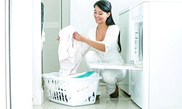 Τρία μυστικά για καλύτερα αποτελέσματα στο πλύσιμο των ρούχων