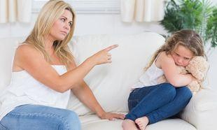 Πώς ένας νάρκισσος γονιός μπορεί να «καταστρέψει» το παιδί του!