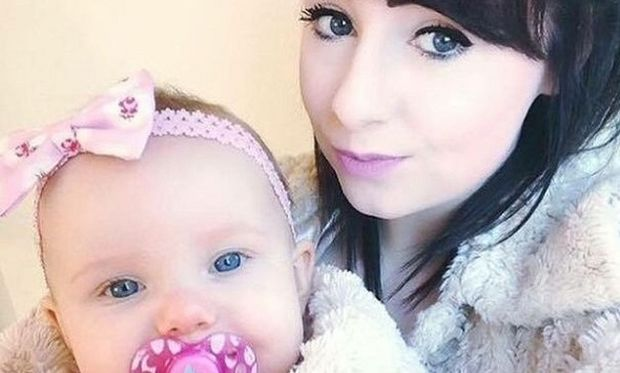 Μητέρα θυσίασε τη ζωή της για να σώσει την ενός έτους κόρη της