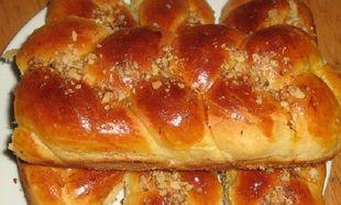 Συνταγή για το πιο νόστιμο πασχαλινό τσουρέκι