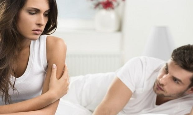 Τι προκαλεί την απιστία στα ζευγάρια; Η ερωτική βαρεμάρα λένε τα στοιχεία