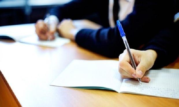 Όσα πρέπει να ξέρουν οι υποψήφιοι για τις πανελλαδικές εξετάσεις-Τι ισχύει σε περίπτωση ατυχήματος και αναβαθμολόγησης
