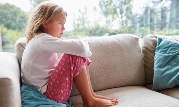 Καυγαδίσατε με το παιδί σας; Δείτε πώς μπορείτε να «επανασυνδεθείτε» μαζί του