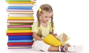 Πέντε βιβλία που αξίζει να αγοράσετε στα παιδιά σας