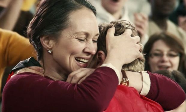 """«Σ' ευχαριστώ, Μαμά - Ένα """"ευχαριστώ"""" που ζεις για να ακούσεις»-Δείτε πρώτοι το συγκλονιστικό βίντεο!"""