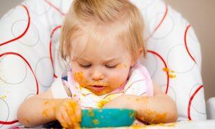 'Οσα πρέπει να γνωρίζετε όταν ξεκινάτε να ταΐζετε το μωρό με το κουταλάκι