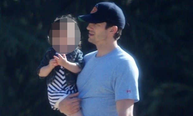 Ashton Kutcher: Η κόρη του μεγάλωσε πολύ και του μοιάζει! (εικόνες)
