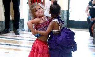 Η North West και η Penelope Disick χορεύουν salsa και είναι υπέροχες! (εικόνες)
