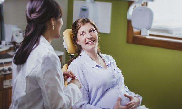 Ποιες οδοντιατρικές πράξεις μπορούν να γίνονται κατά τη διάρκεια της εγκυμοσύνης;