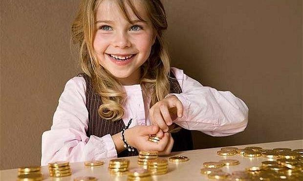 Τι χρησιμότητα και τι στόχο έχει το χαρτζιλίκι στα παιδιά;