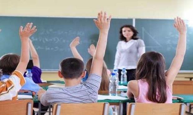 «Ξέρω, ξέρω οι εκπαιδευτικοί φταίνε για όλα τα παράδοξα της ελληνικής παιδείας»