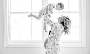 «Κάνει να σηκώνω το παιδί μου όταν είμαι έγκυος;»