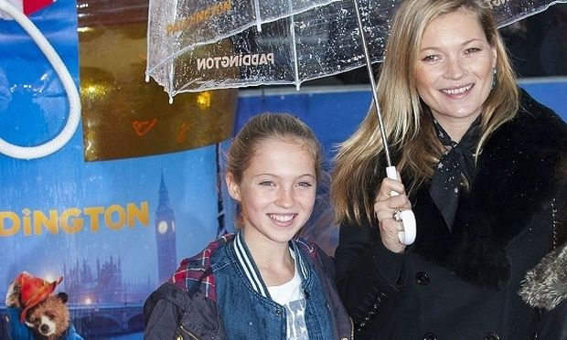 Kate Moss: Μαζί με την 13χρονη κόρη της σε εξώφυλλο της ιταλικής Vogue (φωτό)