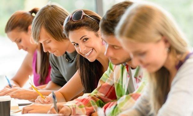 Ποια μαθήματα θα πρέπει να δηλώσουν οι μαθητές Γυμνασίου και Λυκείου τις επόμενες μέρες
