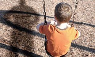 Σεξουαλική παρενόχληση παιδιών: Τι πρέπει να κάνουν οι γονείς για να τα προφυλάξουν