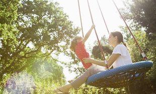 10 αστεία πράγματα που πρέπει να κάνετε με τα παιδιά σας φέτος το καλοκαίρι!