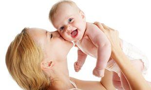 Παγκόσμια Ημέρα Γονιμότητας: Παράγοντες που επηρεάζουν και καθορίζουν τη γονιμότητα