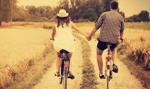 Τι διαφοροποιεί τη συντροφική από την ερωτική σχέση;