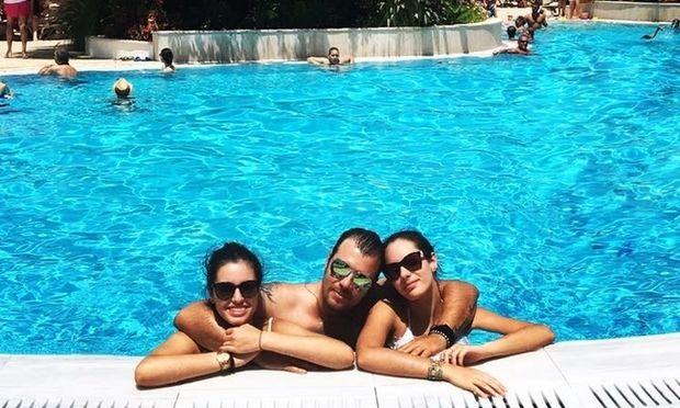 Λάμπης Λιβιεράτος: Με τις κόρες του στην Κύπρο