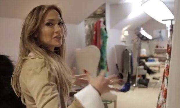 H Jennifer Lopez μας ξεναγεί στη ντουλάπα της! Θα μείνετε με το στόμα ανοιχτό (βίντεο)
