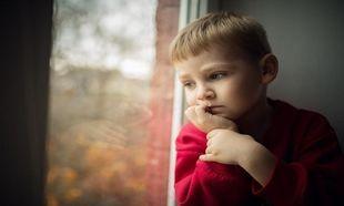 Γονείς-ελικόπτερο:Τι είναι και γιατί δημιουργούν τόσο άγχος στα παιδιά;
