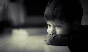 Το παιδί «βρέχει» το κρεβάτι του στον ύπνο του