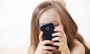 7 λόγοι να μη δώσετε κινητό στο παιδί σας