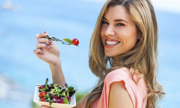 Σαλάτες για δίαιτα: 5 λαχταριστές και χορταστικές σαλάτες που θα σας βοηθήσουν να χάσετε κιλά