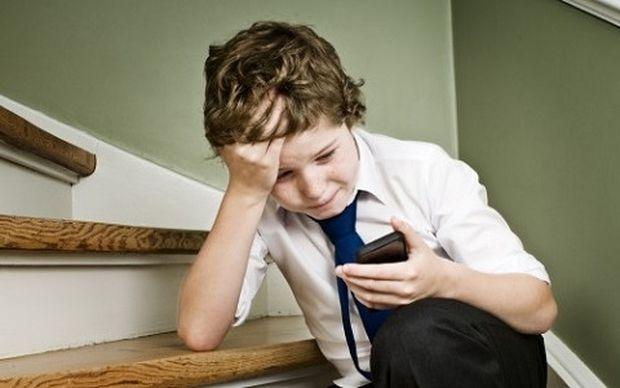 Πιο επικίνδυνο απ' όσο νομίζουν οι γονείς το cyberbullying