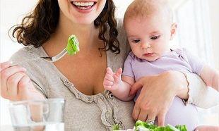 Διατροφή κατά το θηλασμό: Τι πρέπει να τρώει μία μητέρα που θηλάζει