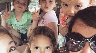Πώς να τα βγάλεις πέρα ένα σαββατοκύριακο με έξι παιδιά: ένας οδηγός επιβίωσης