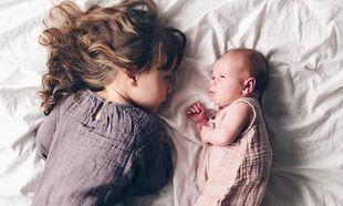 Το μεγάλο σας παιδί «κόντρα» στο νέο μέλος της οικογένειας: Τι πρέπει να κάνετε